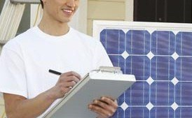 Choosing Between a Micro Solar Inverter and Traditional Solar Inverter