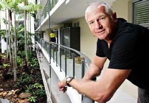 Grabbe Goes Green. Sunshine Coast Solar Office