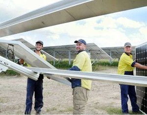 Queensland Solar Farm Powers Up