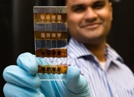 Specialists Working on Next-Generation Solar Panels