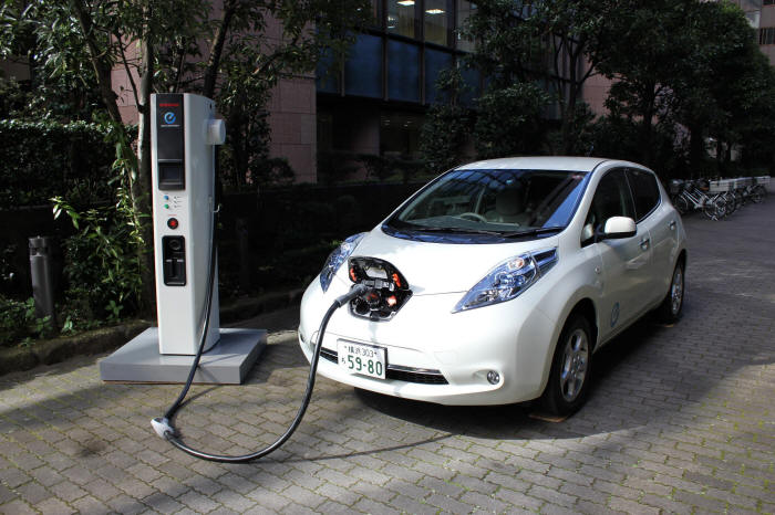 Nissan Leaf Free And Easy Charging