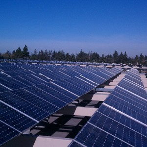 Solar panel tracking solutions improve energy efficiency of solar