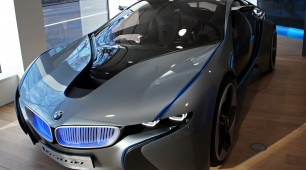 BMW and Samsung electric cars boosted by Magna purchase