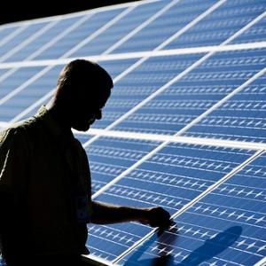 Renewable energy industry in U.S. grows as Big Business buys in