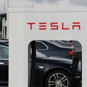 Will Tesla's Electric Car Superchargers Do More Bad Than Good?