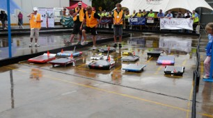 Australian high school students ready for the solar car challenge