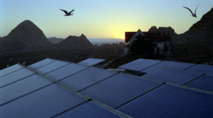Solar Panels Light Up Australia's Tiny Aboriginal Community