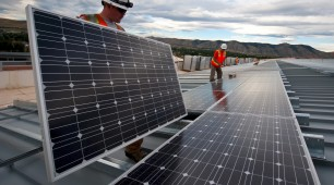 The CER forces Australia's leading solar retailer to replace non-compliant panels