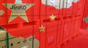 JinkoSolar posts a drop in solar module shipment